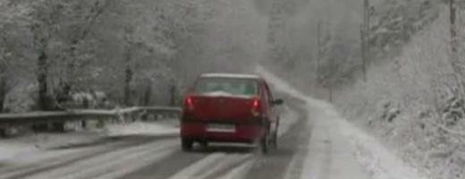 Lista drumurilor pe care se circulă în condiţii de iarnă