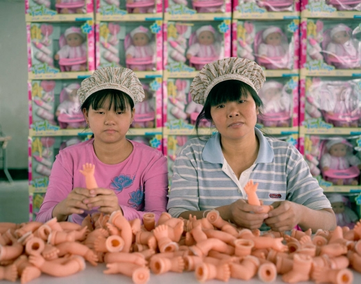 Imagini impresionante dintr-o fabrică de jucării din China