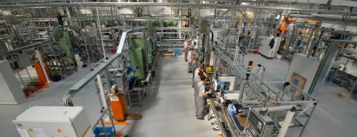 INS: Producţia industrială a crescut cu 7% în primele nouă luni al anului