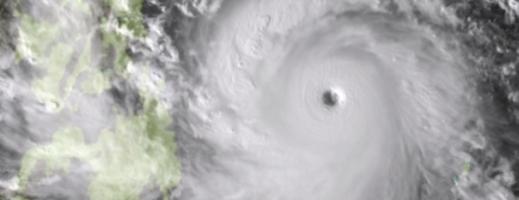 Taifunul Haiyan a atins coasta Filipinelor