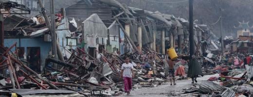 Bilanțul oficial al taifunului din Filipine se apropie de 4.000 de morți