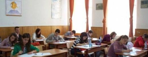 Elevii clujeni învață despre activitățile BNR
