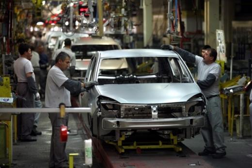 Dacia, cea mai bună creştere a vânzărilor din UE, în 2013