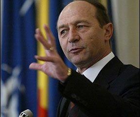 Băsescu: Între mine şi FMI nu e o dispută, sunt un susţinător al continuării acordului