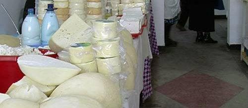 Lapte expirat în piețele din Cluj