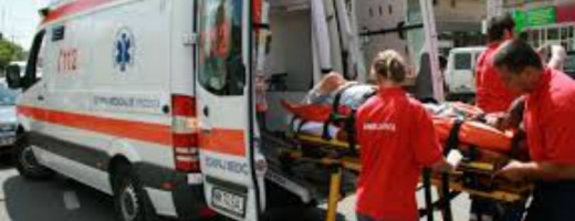 Un şofer a murit încarcerat. Ambulanţa a ajuns după 50 de minute