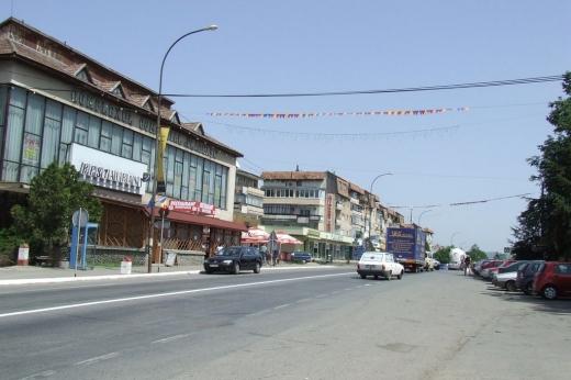 Centrul orașului Huedin. Foto: Wikipedia