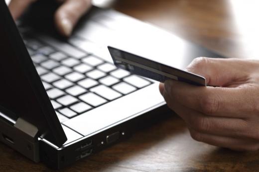 Firmele vor putea plăti taxele locale online până la finalul acestui an