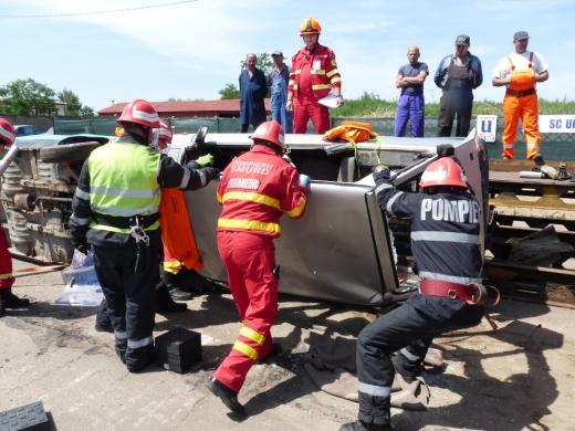 Pompierii din Cluj, cei mai buni la descarcerare şi prim ajutor