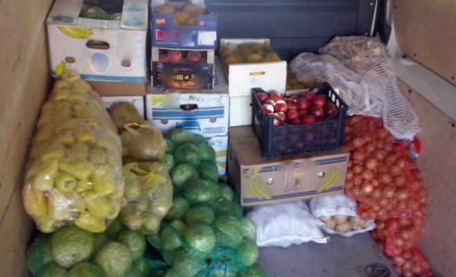 400 de kilograme de fructe şi legume confiscate de poliţişti