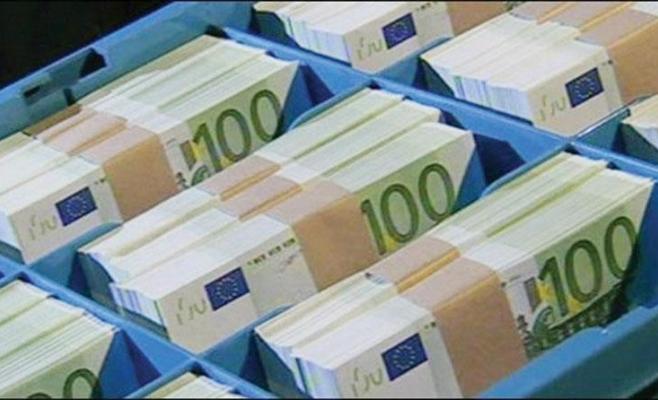 Cursul monedei unice a scăzut la minimul ultimelor 13 luni
