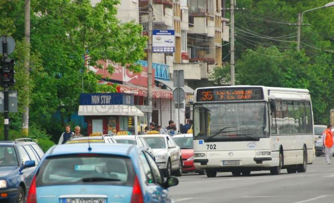 Sute de călători frauduloși au fost amendați de controlorii CTP.   Controalele vor continua.