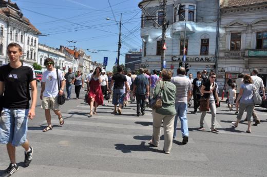 Salariul mediu net în România a crescut