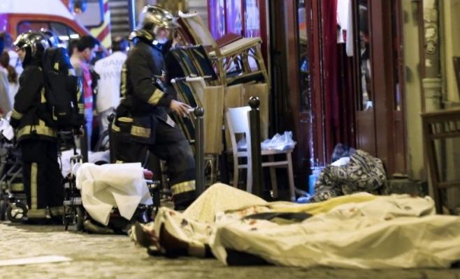 Franţa a fost în ultimul an scena mai multor atacuri teroriste în care sute de oameni şi-au pierdut viaţa. Sursa foto: www.nydailynews.com