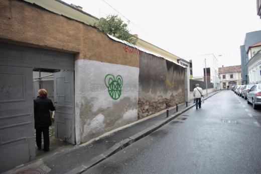 Zid deteriorat pe strada St. O. Iosif. Foto Saul Pop