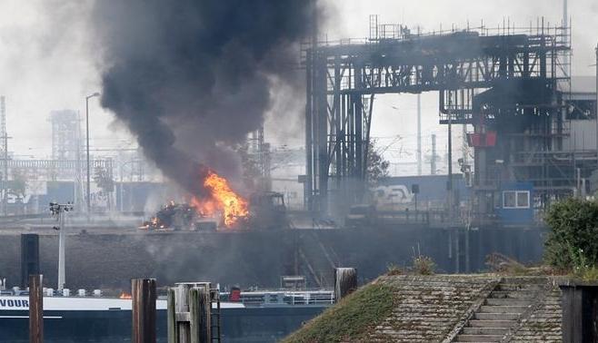 Două explozii au avut loc ieri în Germania la o companie de produse chimice.Sursa foto: www.dw.com.