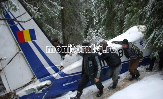 O soluţie privind cauzele producerii accidentului aviatic din Apuseni ar putea fi dată în această toamnă