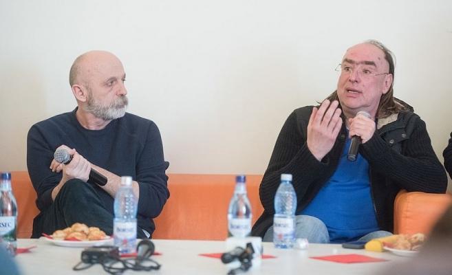 Andriy Zholdak (în dreapta) ar fi avut un acces de furie faţă de o actriţă, în timpul celei mai recente premiere a Teatrului Maghiar din Cluj. FOTO Arhivă huntheater.ro