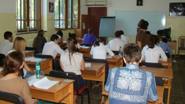 Ministerul Educației ar putea schimba structura anului școlar viitor