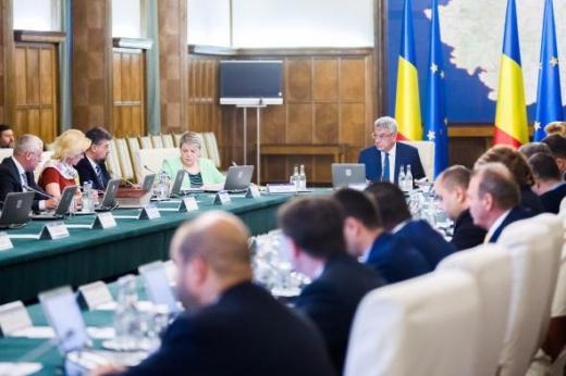 Proiect de lege: Condamnații penal pot fi miniștri dacă s-au reabilitat sursa foro digi24.ro