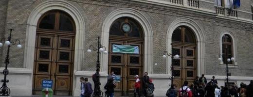 Peste 3.500 de de candidaţi înscrişi la UBB în două zile