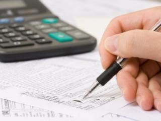 Guvernul impune plata CAS şi CASS la nivelul salariului minim pentru anagajatii part-time