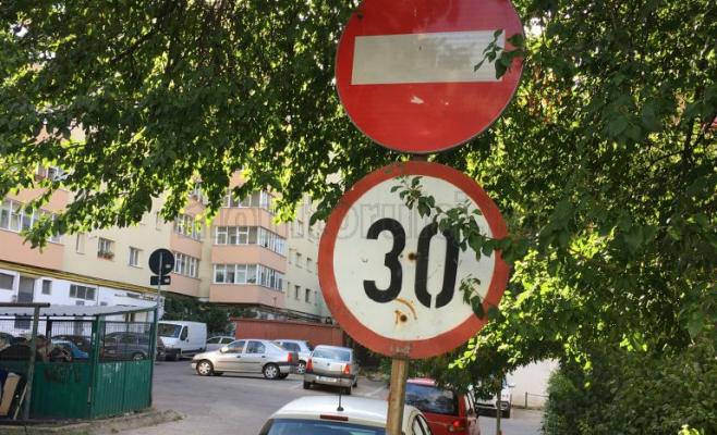 POZA ZILEI Accesul interzis, dar nu cu mai mult de 30km/h