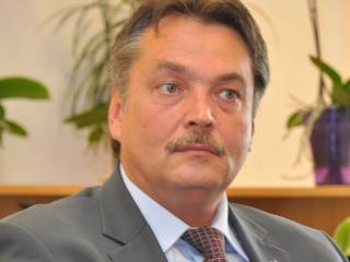 Senatorul clujean Laszlo Attila: Va trebui să ne revizuim foarte serios politica prețurilor la medicamente