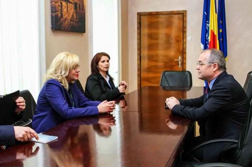 Corina Crețu s-a întâlnit la începutul lunii decembrie cu primarul Emil Boc