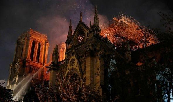 Nu toată lumea e impresionată de donația CJ Cluj pentru Catedrala Notre-Dame