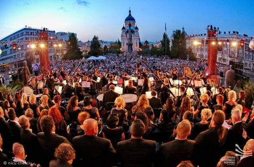 LA OPERĂ! Sărbătoarea unui centenar liric la concertul de prezentare a Stagiunii 100 al Operei Române din Cluj