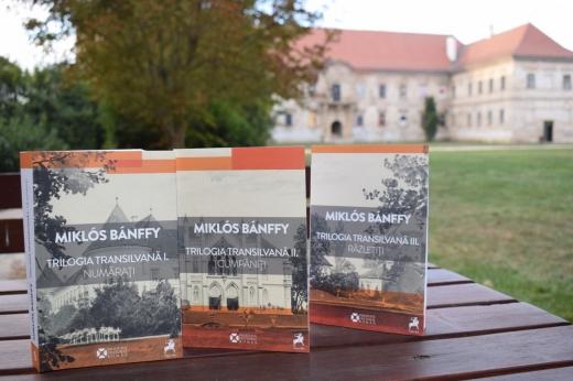 Nyílt nap a bonchidai Bánffy-kastélyban, román nyelvre is lefordították Bánffy Miklós Erdélyi történetét