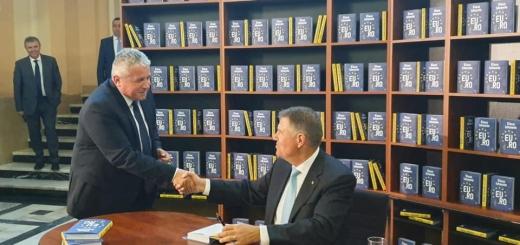 """Clujenii au semnat MASIV pentru candidatura lui Iohannis: """"Își doresc o Românie puternică, funcțională!"""""""