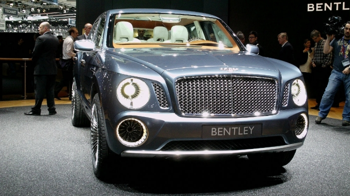 Conceptul EXP 9 F, prezentat de Bentley la Salonul Auto de la Geneva, în 2012, va sta la baza celui mai scump SUV din lume (sursă foto: www.autobis.ro)