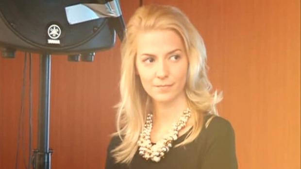 Andreea Costaciuc, ofiţer de presă la Mişcarea Populară a lui Traian Băsescu, este fost consilier în Administraţia Prezidenţială (Sursa foto: rtv.net))