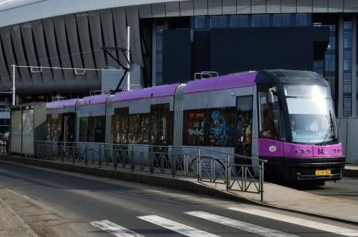 Odată cu modernizarea liniei de tramvai, clujenii se pot bucura şi de un mijloc de transport modern