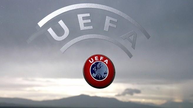 Doi arbitri au fost suspendaţi PE VIAȚĂ de UEFA