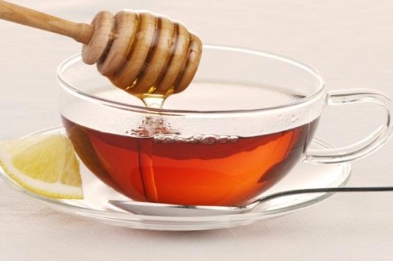 Ceaiurile de plante şi mierea pot dăuna grav sănătății