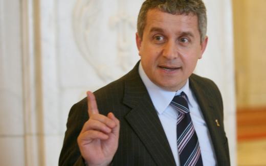 Daniel Buda cere demisia lui Victor Ponta din fruntea Guvernului