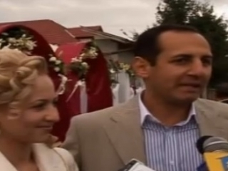 Soții Muncaciu Sava Dafinel (fost Lăcătuş) şi Emanuela sunt cei mai bogaţi ţigani din Cluj