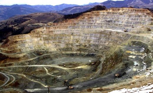 Vechea exploatare minieră de la Roșia Montană