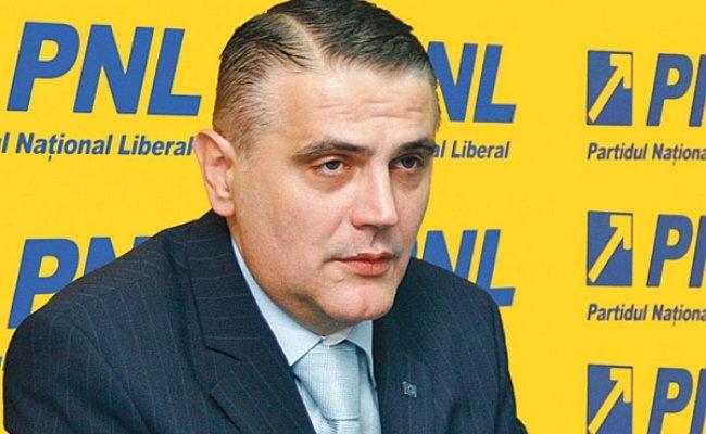 Ovidiu Silaghi, fost ministru al Transporturilor. Sursă foto: www.ghimpele.ro