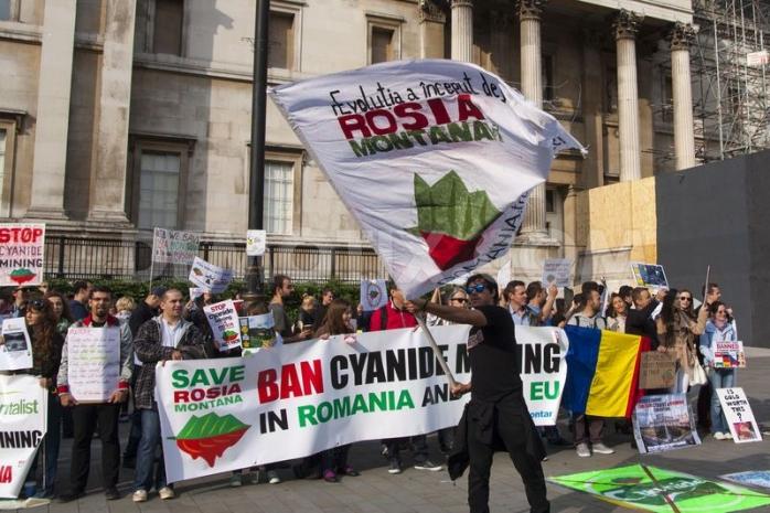 Protestele românilor în toată lumea faţă de proiectul Roşia Montană