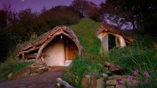 Suedia va avea un sat cu case de hobbiți
