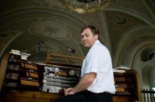 Organistului Erich Turk va susţine mâine, de la ora 19, un recital în cadru l sectiunii Jubilee muzicale, parte a festivalului Toamna Muzicală Clujeană.