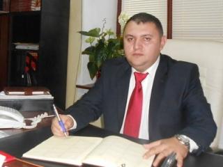 Vali Iovan, noul secretar general adjunct al ICR. sursa foto: oltenasul.ro