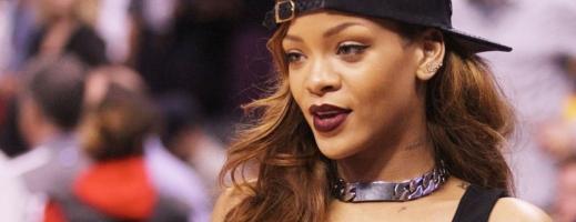 Rihanna va primi primul Icon Award din istoria galei American Music Awards