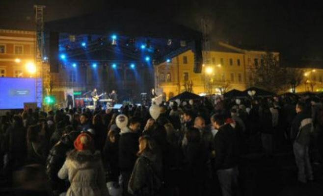 Concerte in Piata Unirii