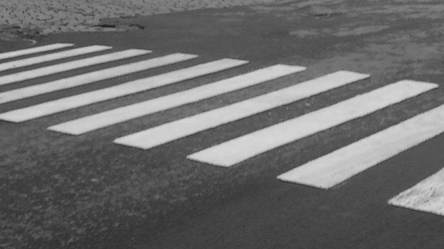 O femeie a fost lovită pe trecerea de pietoni sâmbătă seara pe strada Unirii din cartierul Gheorgeni.