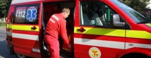 ACCIDENT: Femeie, lovită grav de o mașină în Florești